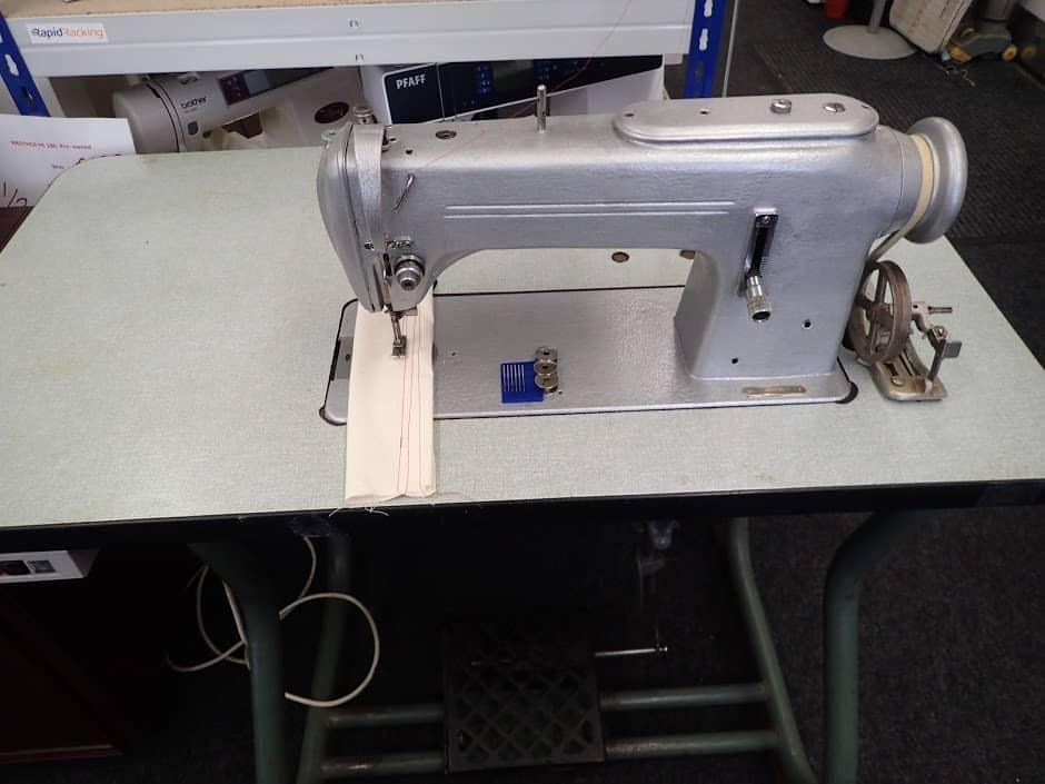 Industrial Pfaff Straight Stitch Sewing Machine Used